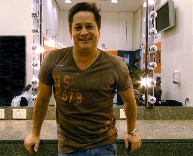 Leonardo dá dicas de beleza para homens (Foto: Domingão do Faustão / TV Globo)