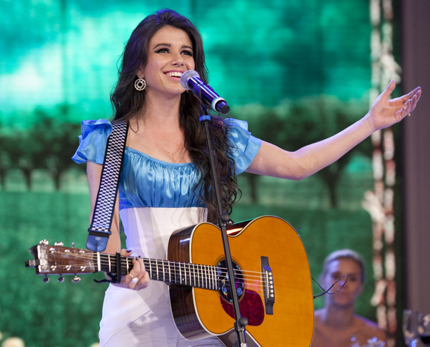 Paula Fernandes (Foto: TV Globo / Domingão)