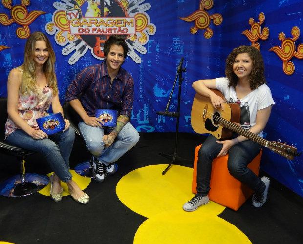 Roberta Campos participou da TV Garagem desta sexta, com Rafinha e Claudia Helena (Foto: Domingão do Faustão / TV Globo)