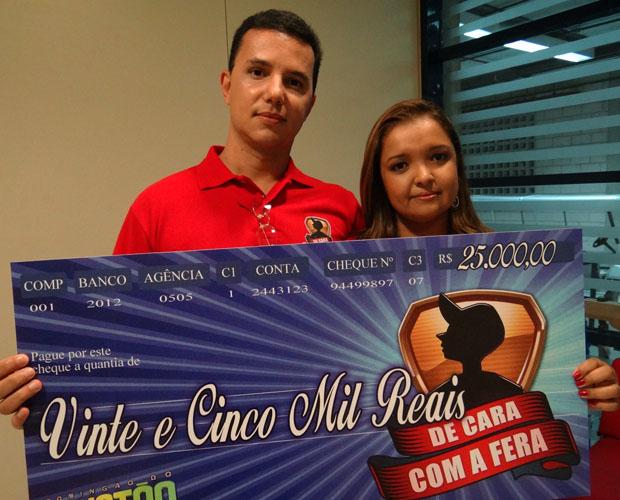 Hélio e Karina mandaram bem na prova da sinuca e das capitais (Foto: Domingão do Faustão / TV Globo)