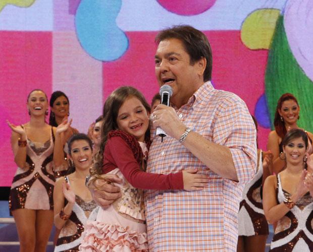 Fautão recebe a pequena grande atriz Mel Maia (Foto: Domingão do Faustão / TV Globo)