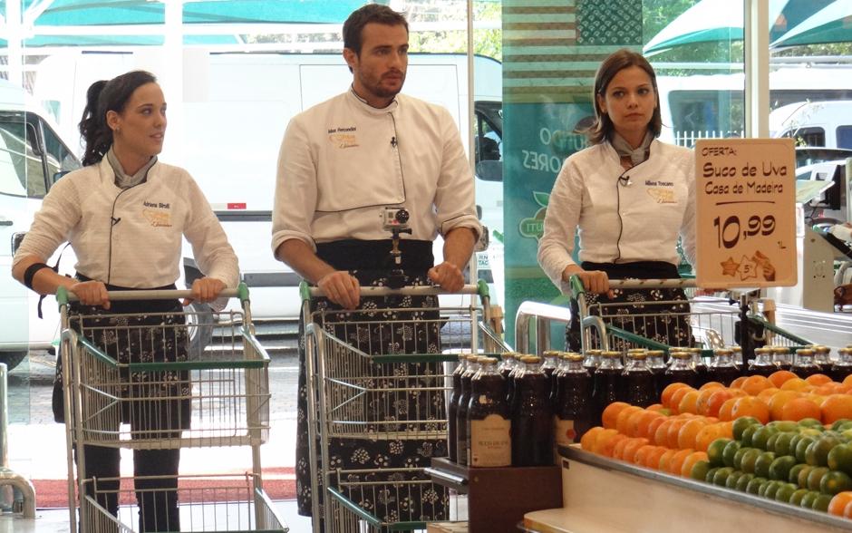 Famosos se preparavam para dar início às compras para a Prova da Panela de Pressão: Meu Prato Super Chef