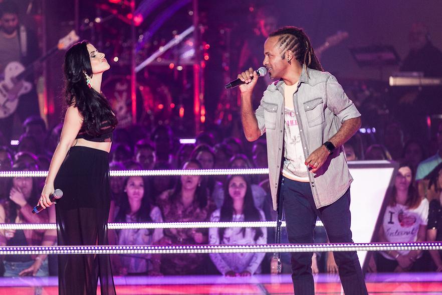 Júnior Meirelles e Mira Callado cantaram a música 'Boa Sorte' e emocionaram a plateia