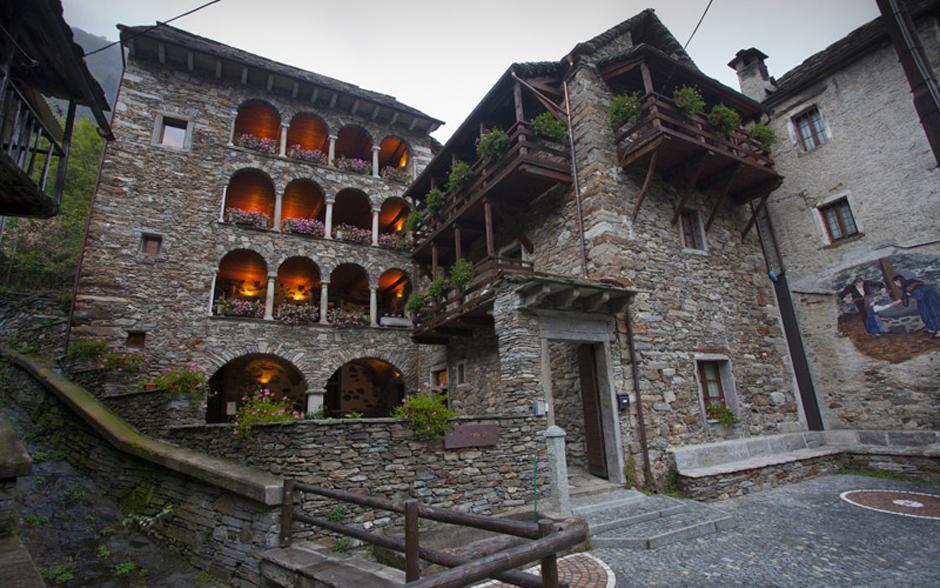 O hotel Il Frutteto, em Viganella, onde a equipe esteve hospedada, montado em uma casa construída em 1400
