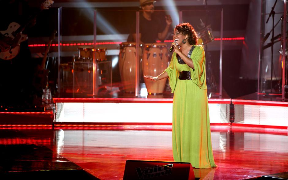 Thalita Pertuzatti canta 'Força Estranha', de Caetano Veloso, em sua Audição