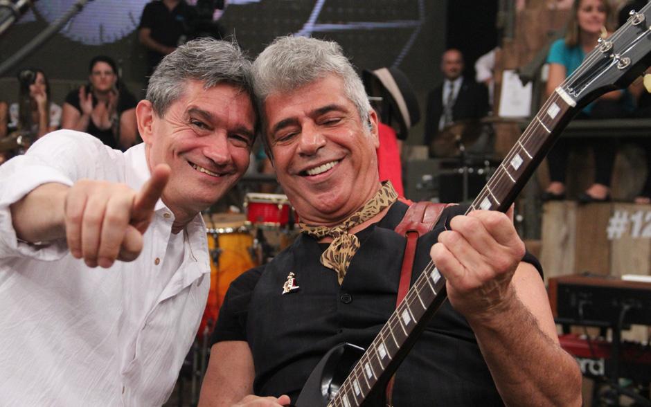 Serginho Groisman convida Lulu Santos para comandar o aniversário de 12 anos do Altas Horas