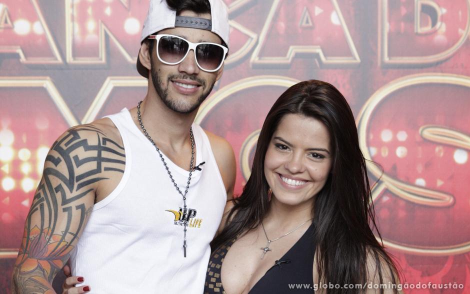 Gusttavo Lima e Ana Flávia Simões se divertem durante os ensaios!