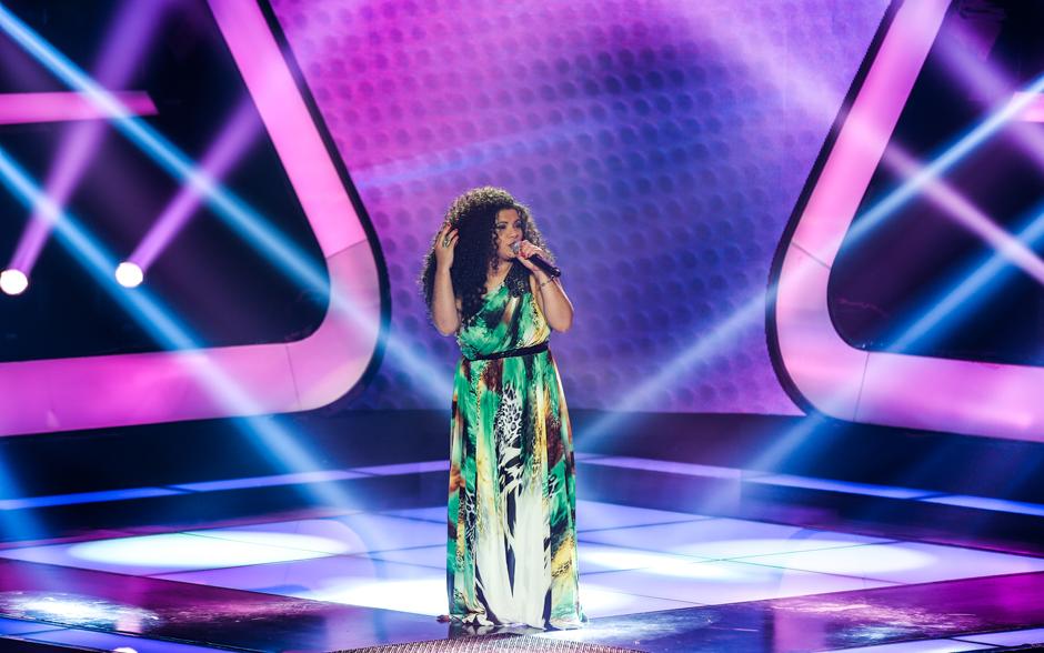 Khrystal se apresenta com música própria, 'Morô', no The Voice Brasil