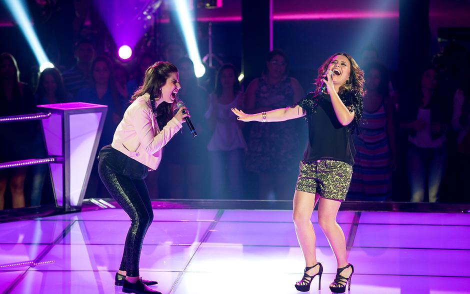 Bruna Góes e Maysa Ohashi sobem ao palco do The Voice para a Batalha
