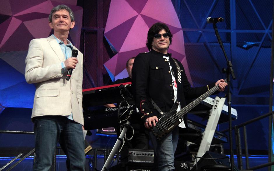 No Altas Horas do sábado, 22, o apresentador Serginho Groisman recebe vários artistas em um programa especial em homenagem aos anos 80