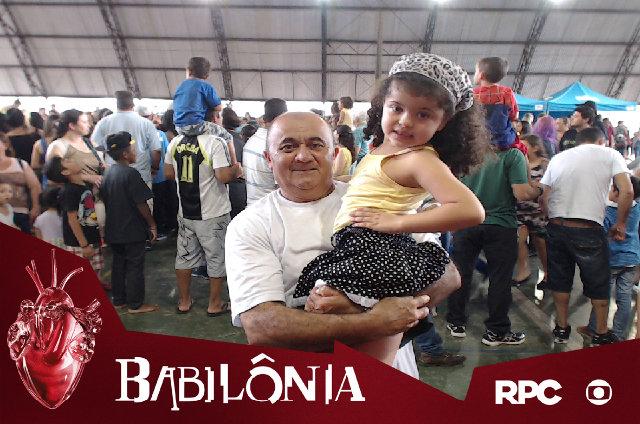 Totem da RPC personalizou fotos de quem passou pelo lançamento de Babilônia, no Pinheirinho, em Curitiba