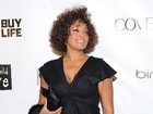 Rihanna, Mariah e outros famosos lamentam morte de Whitney Houston