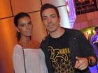 Di Ferrero deu dicas de shows do SWU para a namorada, Mariana Rios