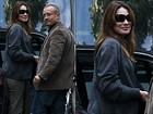 Prestes a ter bebê, Carla Bruni faz as últimas compras do enxoval do filho