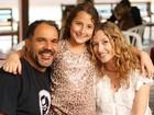 Humberto Martins comemora aniversário da filha de sua namorada