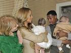 Pela primeira vez, Mariah Carey e o marido mostram os filhos gêmeos