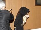 Lindsay Lohan chega cedo para realizar serviço em necrotério