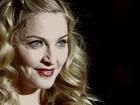 Madonna usa modelo comportado para lançar filme em Londres