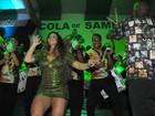 Uepa! Viviane Araújo mostra demais no samba da Mancha Verde