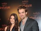Ex-barbudo, Robert Pattinson vai à première de 'Amanhecer' na França