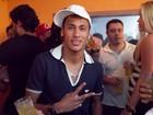 Neymar é apontado como o preferido das mulheres em pesquisa, diz jornal