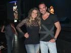 Ex-BBB Fani Pacheco curte show com o namorado