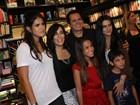 Orlando Morais lança DVD com a presença de Glória Pires e família