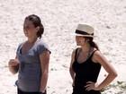Vanessa Giácomo corre na areia para se exercitar