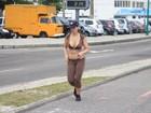 Tem que suar! Nana Gouvêa corre na orla do Rio