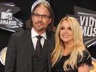 Diretor do clipe de Britney elogia 'química' entre cantora e o namorado