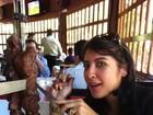 Grávida, ex-BBB Priscila Pires mata  desejo de comer picanha