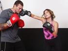 Atriz de 'Malhação' sua no boxe e revela: 'Quero perder cinco quilos'