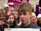 Justin Bieber diz que nunca nunca encontrou mãe de suposto filho