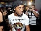 Jornal: Site de relações extraconjugais quer Ronaldinho Gaúcho