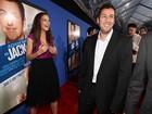 Katie Holmes é só sorrisos com Adam Sandler em lançamento de filme