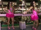 De vestidinho rosa, Renata Santos é coroada na Mangueira
