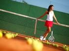 Carolina Oliveira faz ensaio para o EGO inspirado no tênis