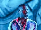 Kanye West interrompe show em Paris para reclamar com fã