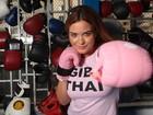 Geisy Arruda luta Muay Thai para manter a forma