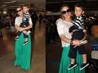 Claudia Leitte desembarca com o filho em São Paulo