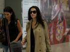 Cleo Pires e Ingrid Guimarães circulam por aeroporto do Rio