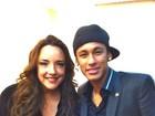 Neymar e Ana Carolina posam juntos em gravação de programa