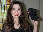 Sapatos de Luciana Gimenez estarão em novela da Globo, diz jornal