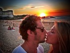 Fiorella Mattheis posta foto beijando namorado no Twitter