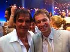 Tiago Leifert tira foto com Roberto Carlos: 'Tietei mesmo!!'