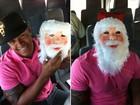 Léo Santana vira Papai Noel e entrega presentes para comunidade