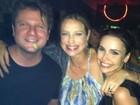 Luana Piovani posta foto com Selton Mello e Débora Falabella: 'felizes'