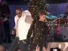 Vídeo: Justin Bieber canta com rapper em show de Natal em Nova York