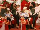 Daniella Sarahyba leva a filha para tirar foto com Papai Noel no Rio