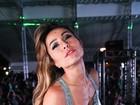 Sem o namorado, Sabrina Sato curte noitada em Florianópolis